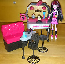 Monster High draclaura Die-ner Set