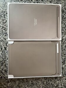 Apple MPU02ZM/A Leather Sleeve Case for iPad Pro 10.5-inch - Taupe