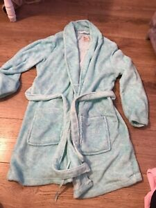 Womans Dressing Gown Size Medium