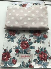 BNWT CATH KIDSTON FOLDAWAY HOLIDAY BAG WITH POUCH IN BUTTON SPOT/FAWN RRP £45