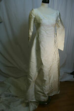 Womens WEDDING GOWN Ivory Vintage BRIDAL ORIGINALS Christine Gowns Long Train