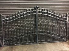 BRAND NEW WROUGHT IRON DRIVEWAY GATES 5FT RISING TO 6FT gate 012