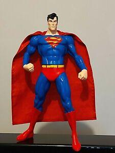 SUPERMAN LARGE 13 INCH VINYL ACTION FIGURE / STATUE WARNER BROS 1998 DC COMICS