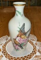 LENOX GIFT OF LOVE VASE LIMITED EDITION GOLD TRIM CEDAR WAXWINGS Made in USA