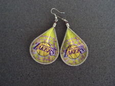 NEW PAIR OF THREAD EARRING WITH LA  PICTURE