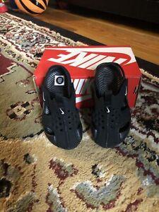 Nike Toddler Kid's Sunray Protect 2 Sandal Black/White Size 6c