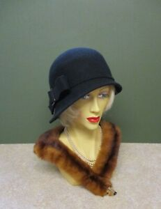 1920's Vintage Style Ladies Black Felt5 Cloche Hat - Decoration on the Side