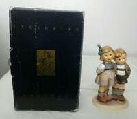 Vintage M.J. HUMMEL GOEBEL FIGURINE 449 TMK 7 The Little Pair #215 1985 mint