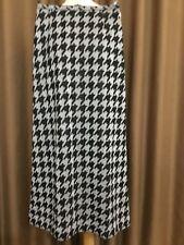 Dereta Made In England Vintage Black & Silver Lurex Maxi Skirt. Size: Uk 12.