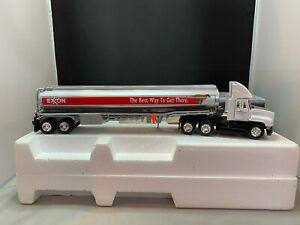 2000 USI Exxon Tractor Truck With Tanker Trailer Diecast New In Box