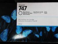 HP 747 Original Gloss Optimizer Cartridge - Clear - Inkjet P2V87A
