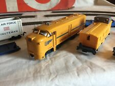 Lionel HO Train Set 14033 Union Pacific RR Diesel 0568 Minuteman Car 0365 Used