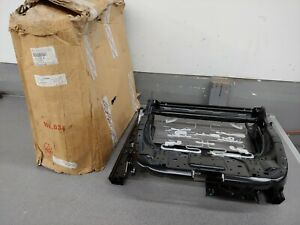 BRAND NEW  GENUINE PORSCHE CAYENNE RIGHT FRONT 12 WAY SEAT BOTTOM BASE UNIT