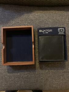 New Buxton Men's Emblem Leather Zip-Convertible Bifold Wallet