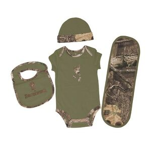 Browning Buckmark Clover Green Mossy Oak Camo 4 Pc Baby Set