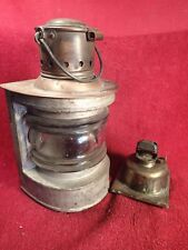 NICE  - ANTIQUE early 1900 KEROSENE OIL LAMP LANTERN w HEAVY ORIGINAL GLASS