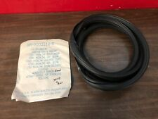 1952-54 FORD & MERCURY WINDSHIELD RUBBER SEAL NORS 719
