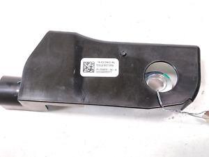 13 Tesla Model S P85 85 Front Left Seat Belt Lap Tensioner Cover 1004532-00-B