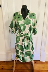 Phase Eight green floral dress size 12 kimono batwing style