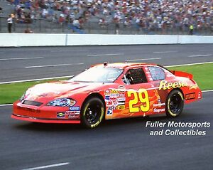 KEVIN HARVICK 2006 #29 REESE'S CHEVY NASCAR 8X10 PHOTO NEXTEL CUP CHARLOTTE