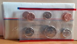 1986 USA United States of America 10 Coin Uncirculated Sealed Set D & P Mintmark