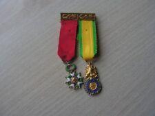 paire medailles reduction legion honneur et valeur militaire (ref 6000)