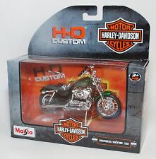 HARLEY DAVIDSON MAISTO 1:18 2012 XL 1200V SEVENTY-TWO NOSTALGIA SERIES 32