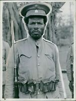 Portrait of a Ethiopian infantryman at the time of farewell of the troops during