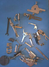 LOT OF VINTAGE SINGER SEWING MACHINE ATTACHMENTS