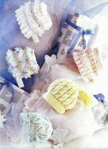 """Baby Girls Frilly Lacy Bonnet Cable Hat Tassle KNITTING PATTERN DK 16 - 20"""" Lace"""