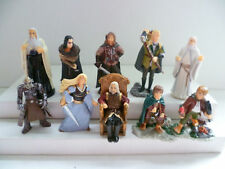 KINDER SURPRISE FERRERO LORD OF THE RING II COMPLETE SET CAKE TOPPERS +1 PAPER