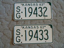 ANTIQUE PAIR OF CONSECUTIVE NUMBERS 1963 KANSAS LICENSE TAG/PLATE 19432 & 19433