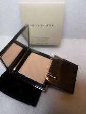 Burberry Sheer Luminous Compact Foundation Porcelain No 01 New In Box