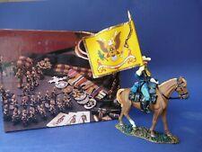 King & Country TRW146  regimental flagbearer - Régiment Porte-drapeaux  En boîte