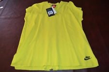NWT MSRP $110 NIKE TECH PACK M Electric green pleat Mixed Knit Sleeveless Shirt