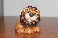 """Thun. Animali della savana, leone """"Samir"""" . Lungezza  9 cm."""