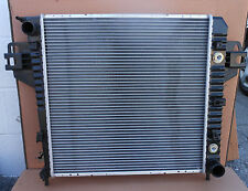 RADIATOR FOR 2002-2006 Jeep Liberty 3.7L V6 Engine AT 2003 2004 2005 02 03 05 06