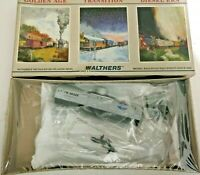 HO scale Walthers  36' Tank Car  Standard Oil   UTOX  10325