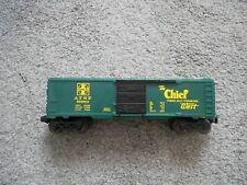 LIONEL BOX CAR 0/027 GAUGE SANTA FE NIB