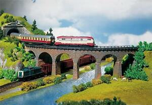 222586 Faller N-Scale 1:160 Kit of 2 Curved viaducts  - NEW