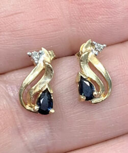 Natural Pear Shape Blue Sapphire Post Earrings in 14K Yellow Gold Diamond Accent