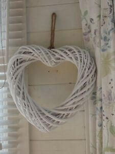 Wicker hanging Heart wreath  -  35 cm x 37 cm - White