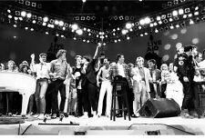Live Aid B&W 11x17 Mini Poster iconic all stars on stage singing rare