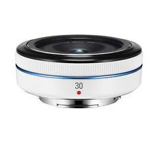 Samsung NX30mm F/2.0 Lens (White) - NX1 NX30 NX200 NX300 NX500 NX3000