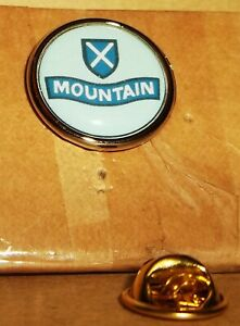 52nd Lowland Division lapel pin badge .