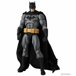 "Batman ""Hush"" Black Ver. Mafex 6.5-Inch Toy Figure by Medicom Toy"
