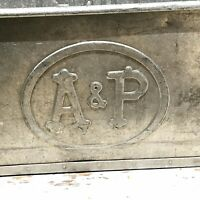 Vintage A & P Grocery Galvanized Metal Tote Drinks Tub Box Bin Handles