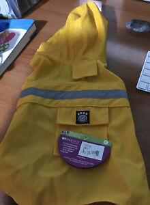 PetRageous Yellow Dog Raincoat Sz. Small  New With Tags