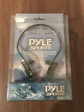 BNWB Pyle PSWP4BK Waterproof Neckband MP3 Player & Regular Headphones 4GB