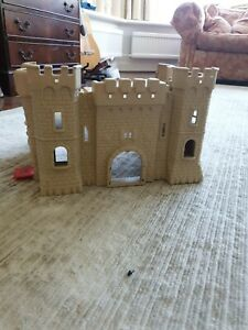 Plastic castle